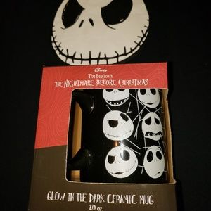Disney nightmare before Christmas tshirt& glow mug